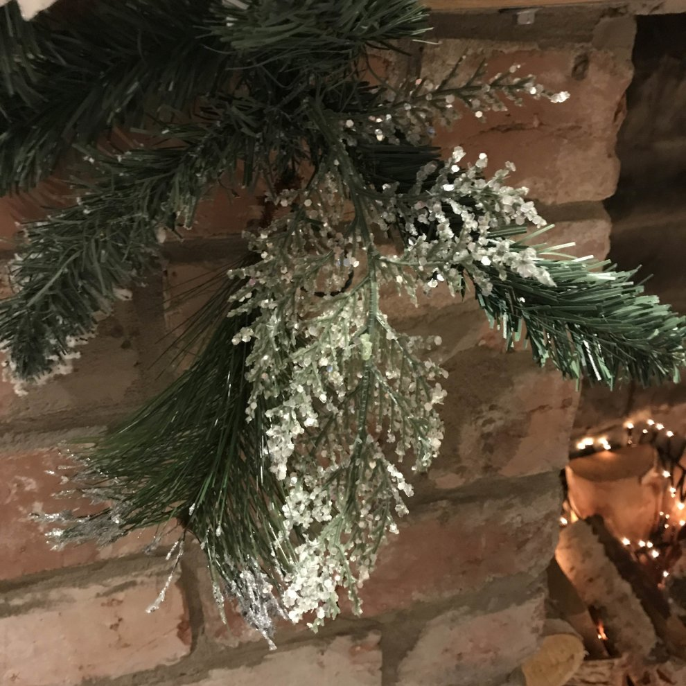 1 8m 6ft White Poinsettia Christmas Garland Silver Balls Glitter Snow Flocked