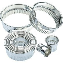 Set Of 11 Assorted Fluted Pastry Cutters In Storage Tin