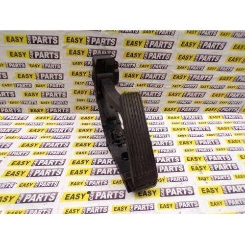 MERCEDES E320 CDI W211 ACCELERATOR PEDAL A2113000504