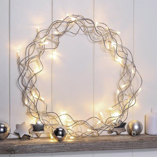 LED Metal Wreath with 40 Warm White Light