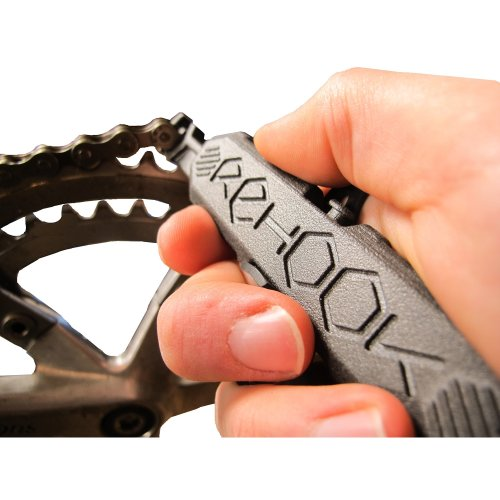 Rehook Get your chain back on your bike in 3 seconds. Without the mess (Perfect gift/present for any cyclist or gadget lover)